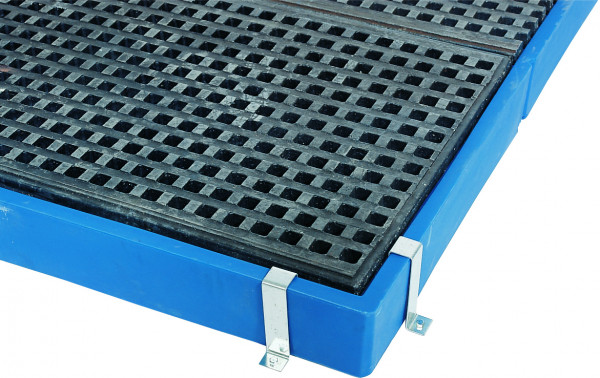 Randbefestigung aus Stahlblech für Kunststoff-Bodenelement, Stahlblech poliert