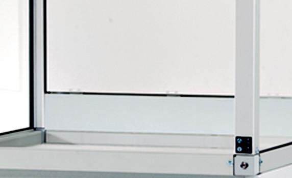 Alusockel für GAP mit Breite 1500 und Tiefe 750/850 mm, Aluminium eloxiert