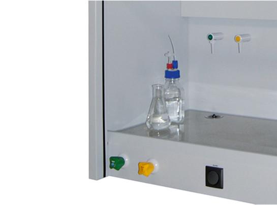 Medienversorgung/-anschluss: Erdgas mit Abstellventil für APA.145.090